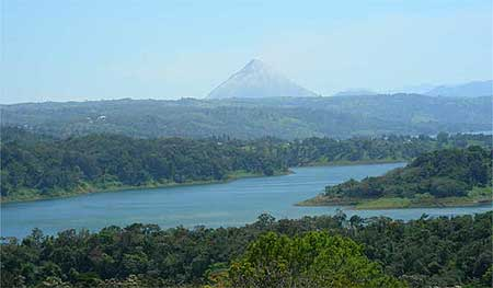 Costa Rica real estate lake arenal